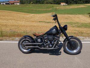 "Harley-Davidson FatBoy S Lenkerumbau mit 1.5"" Burleigh"