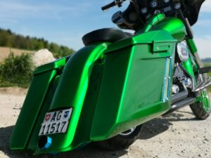 Street Glide Bagger green Monster