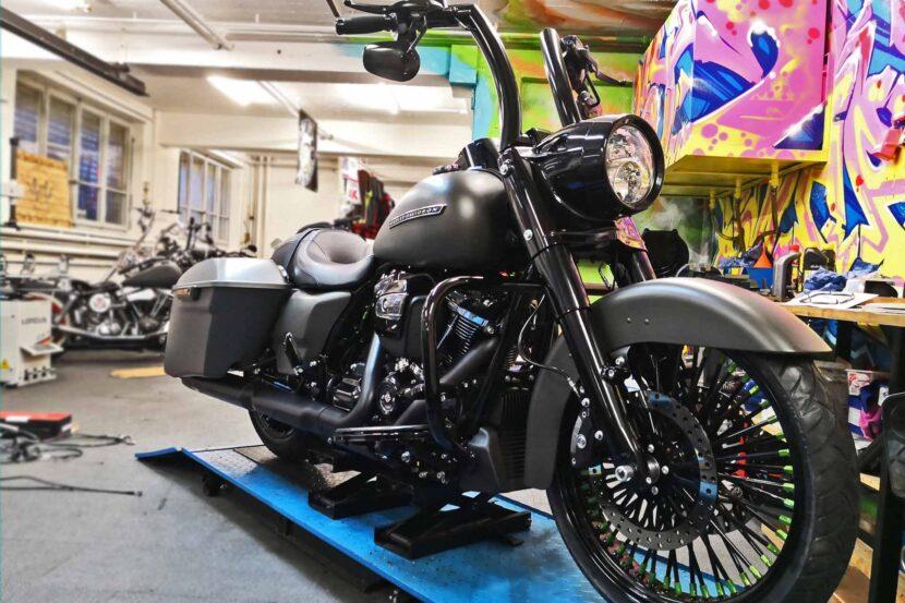 Harley-Davidson FLHRXS BigSpokes and Apehanger Burleigh Highball