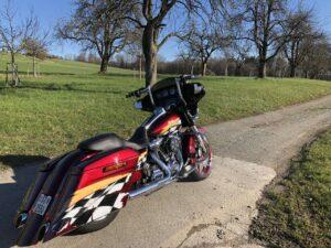Harley-Davidson FLHX StreetGlide Bagger Umbau BigWheel